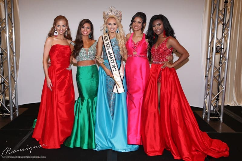 Official Photographs of Team UK at the 2017 international Galaxy Pageants in Orlando!