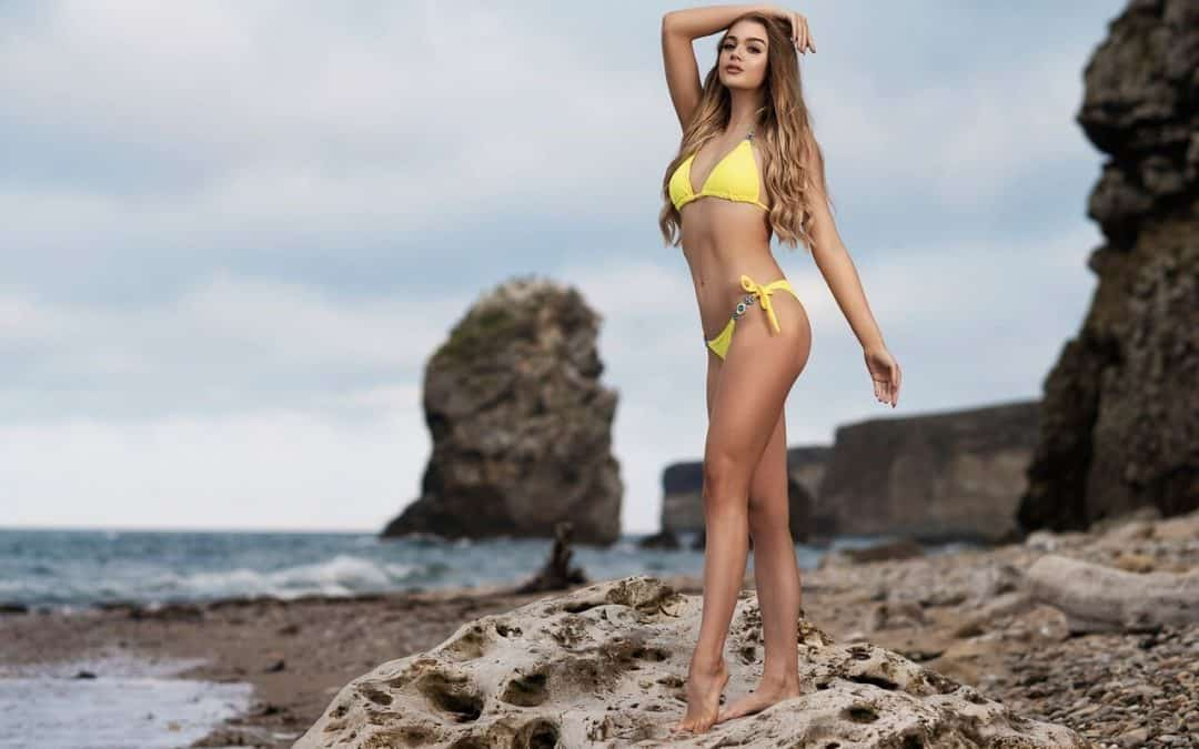 Miss Teen Galaxy England, Harriotte Lane, is a brand ambassador for Black Magic Tan!