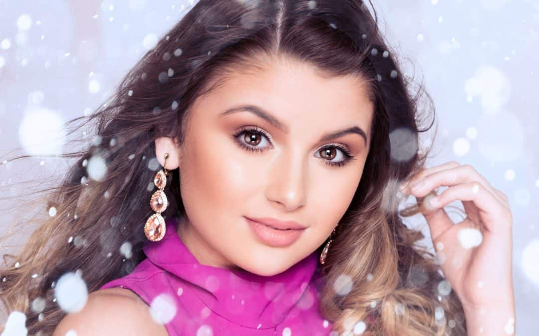 Christmas Wishes from Junior Miss Galaxy, May Parry!