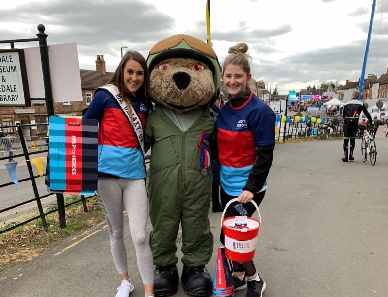 Ms Galaxy UK, Rebecca Everson, was a part of the Help for Heroes Team at Tour De Yorkshire!