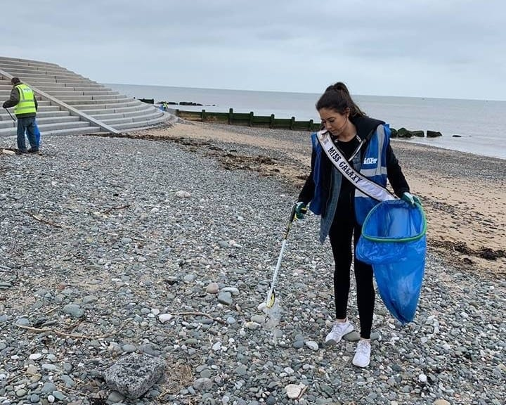 Miss Galaxy, Joanna Johnson, took part in a clean up at her local beach with Cleveleys Beach Care!
