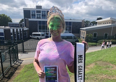 Mrs Galaxy UK, Kayleigh Atkinson, completed a colour run in aid of St Teresa's Hospice!