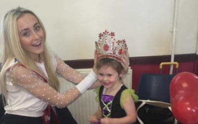 Miss Junior Teen Great Britain, Ellie Corcoran, was a special guest at a fundraiser in aid of a local primary school!