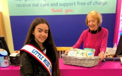Little Miss Teen Great Britain, Yasmina Newbold, made a donation to her local charity shop!