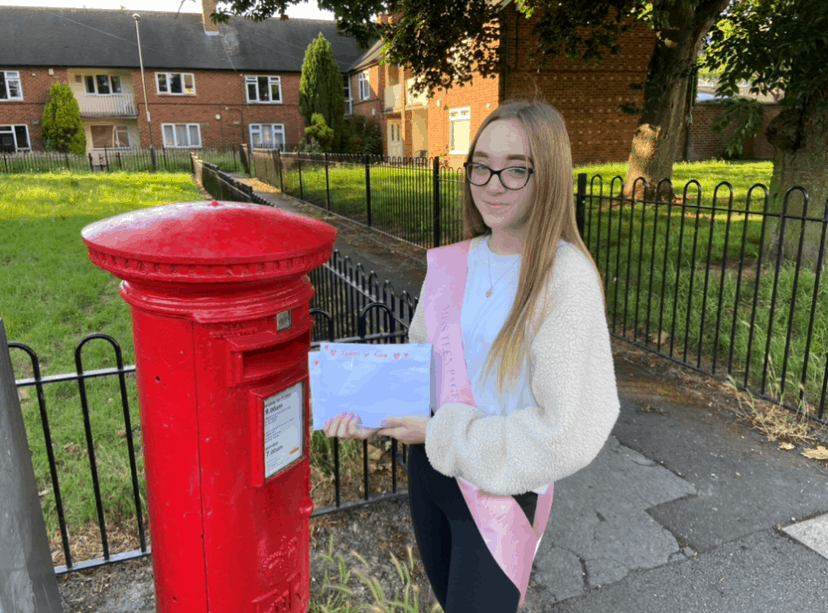 Miss Teen Pageant Girl Nottingham, Megan, has been spreading positivity all over the country with her 'Letters of Love'!